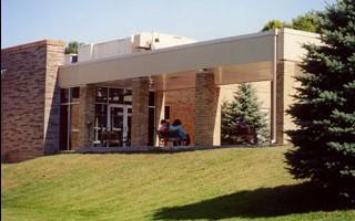 Penetang-General-Hospital-Entrance